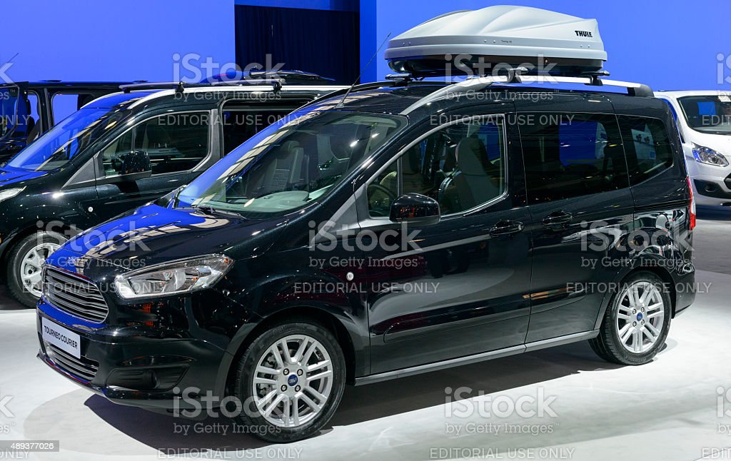 Ford Tourneo Courier on ford expedition, ford torino, ford f-250, ford ecosport, ford cougar, ford taurus, ford f350, ford fiesta, ford fusion, ford courier, ford focus, ford e-series, ford connect, ford granada, ford caravan red, ford mondeo, ford explorer, ford transit, ford tempo, ford flex,