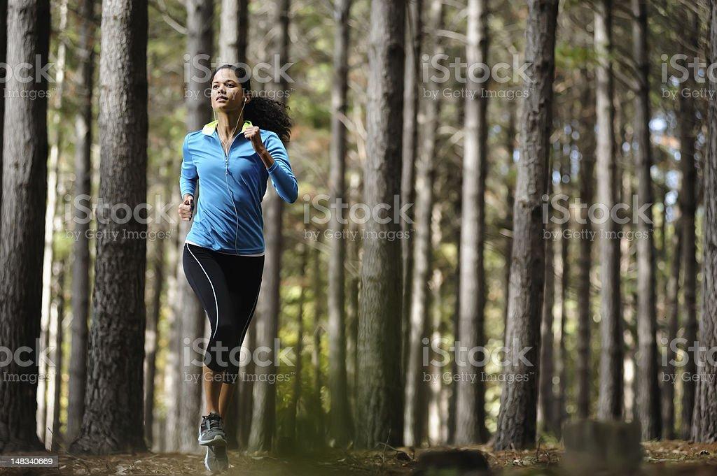Forest running Frau – Foto