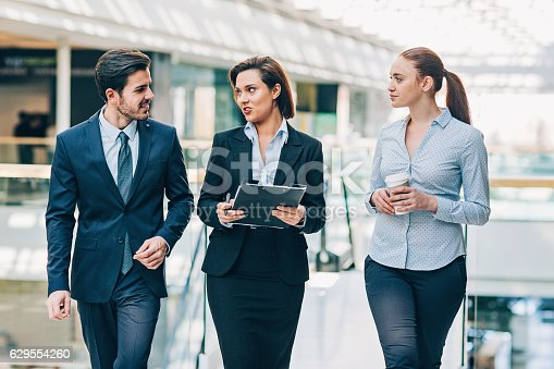 905689676 istock photo Formal style business 629554260