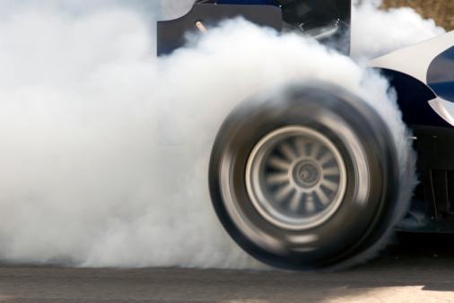 Formel 1 Auto Wheelspin Stockfoto und mehr Bilder von Asphalt