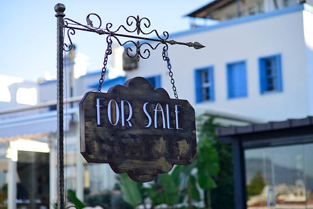 forsale sign - sale stok fotoğraflar ve resimler