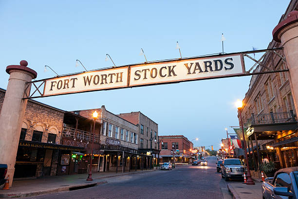 Fort Worth Stockyards bei Nacht. Texas, USA – Foto