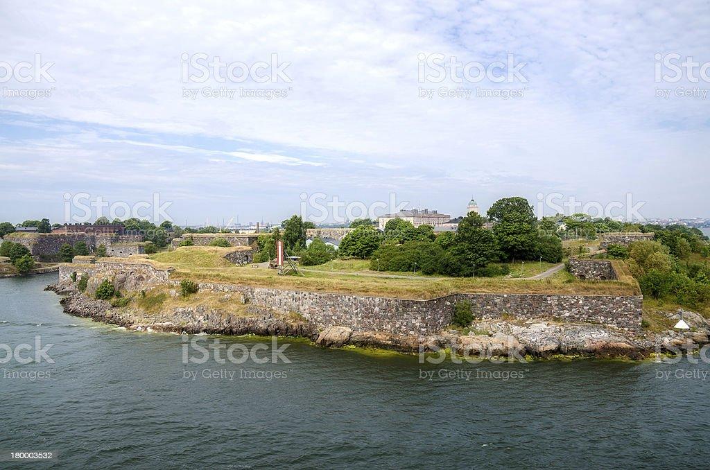 요새는 2.5km 길이로 둘러싸인 벽 수오멘린나 royalty-free 스톡 사진