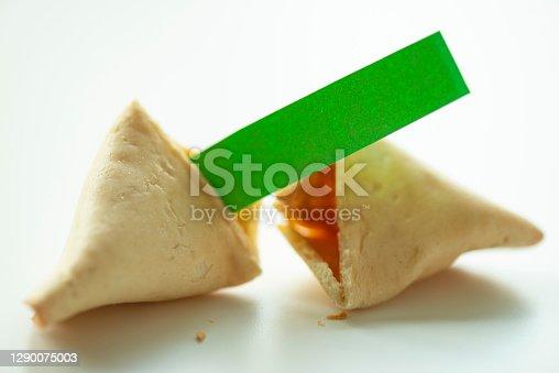 istock Fortune Cookie 1290075003