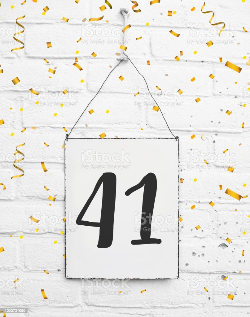 Quarante Un 41 Ans Anniversaire Felicitations Texte Avec Des