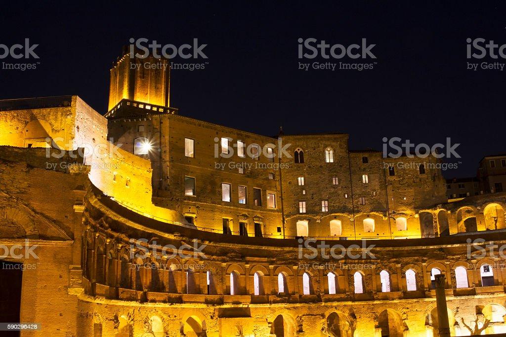 Forum of Augustus (imperial structure) at night in Rome royaltyfri bildbanksbilder
