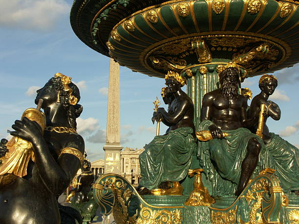 Fontaine et Obélisque de la Concorde place (Paris - Photo