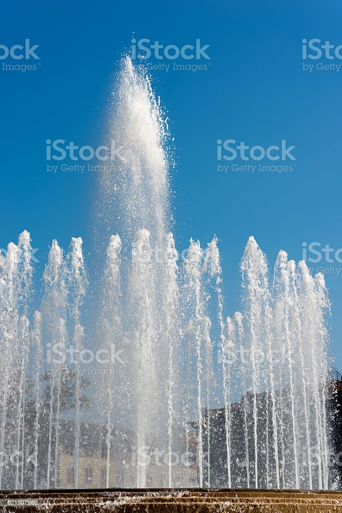 Fountain in Piazza Castello - Lombardia Milano foto stock royalty-free