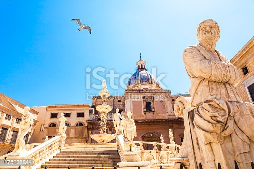 istock Fountain of Shame in Palermo 175238844