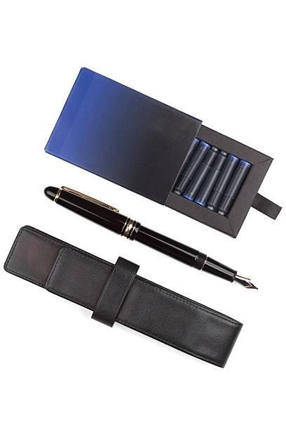 fountain pen und kontrollkästchen der patronen - munition nachfüllen stock-fotos und bilder