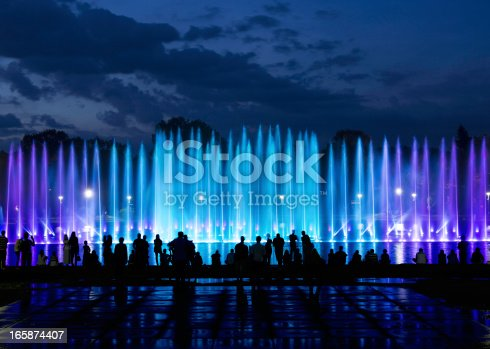 istock fountain show 165874407