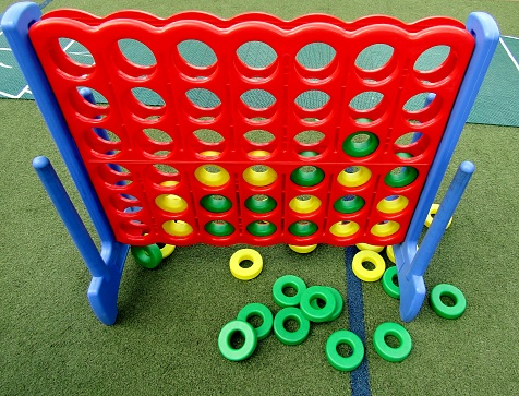 Outdoor 4 in a Row giant game set