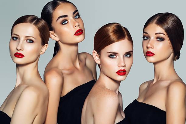 4 つの美しい女の子とメイクアップ ストックフォト