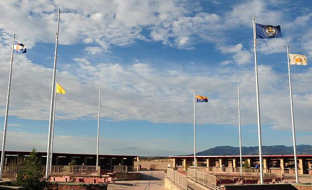 four corners national monument, südwestliche bundesstaaten der usa - navajo stil stock-fotos und bilder