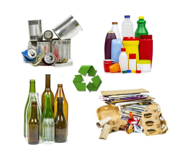 vier müll-materialien für das recycling. - recycelte weinflaschen stock-fotos und bilder