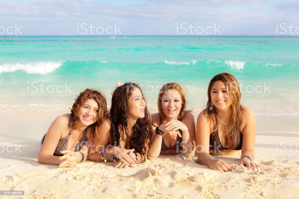 Fun At The Beach With No Download Spring Break Slots