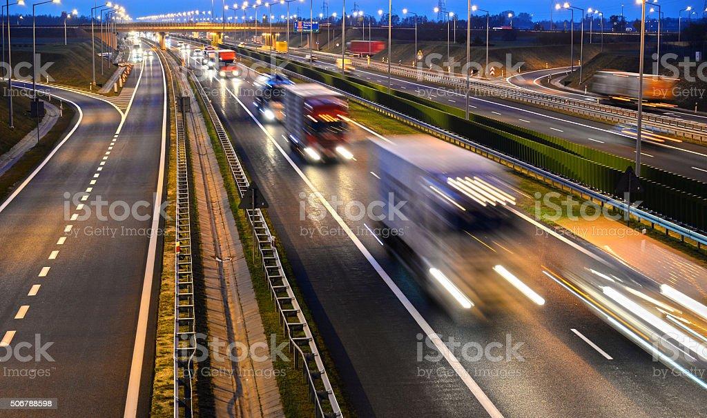 Cuatro carriles de control de acceso de la autopista en Polonia - Foto de stock de Aire libre libre de derechos