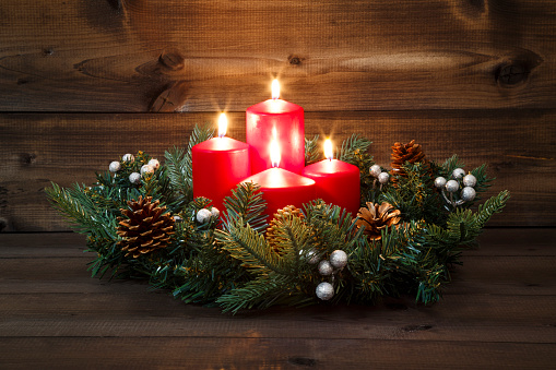 fourth advent decorated advent wreath with four red. Black Bedroom Furniture Sets. Home Design Ideas