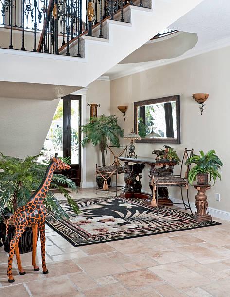 foyer - wandleuchte treppenhaus stock-fotos und bilder