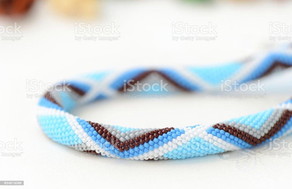 Fotografía de Fragmento De Un Collar De Abalorios De Ganchillo De ...
