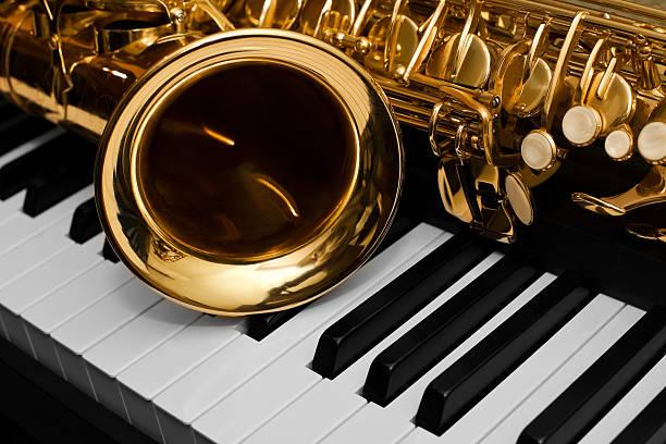 Führen zu einer Fragmentierung des Saxophon – Foto