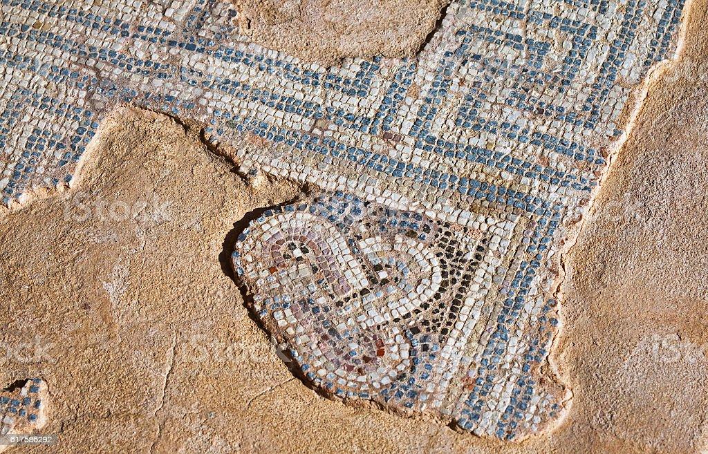 Fragment of ancient mosaic - foto de acervo