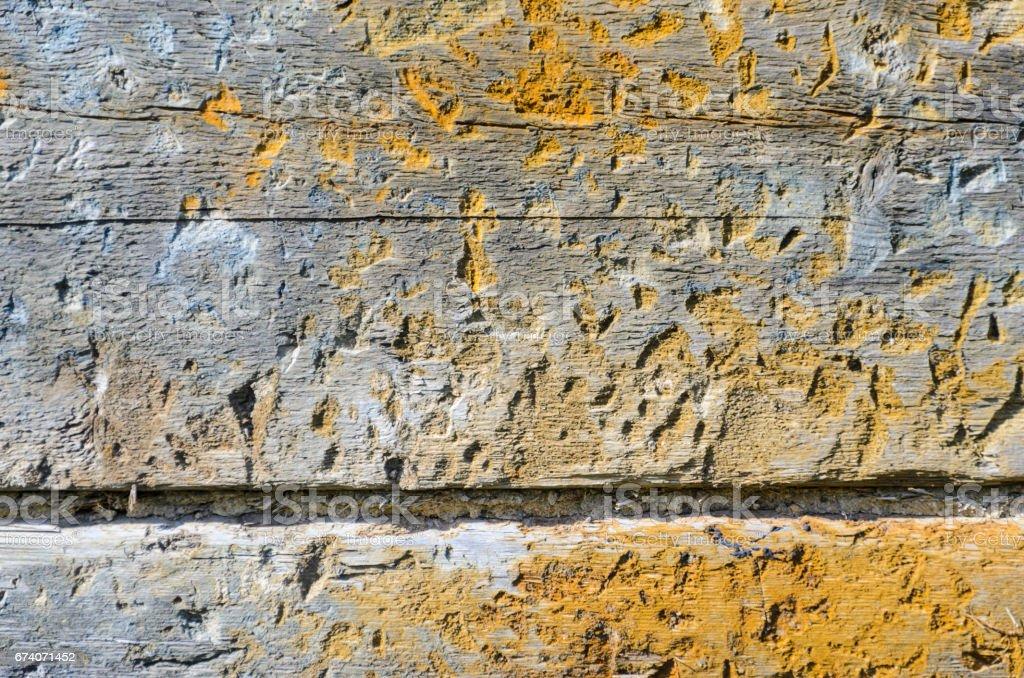 Fragment du mur d'une vieille maison en bois. photo libre de droits