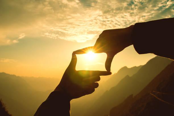 Framing sunset picture id1064471946?b=1&k=6&m=1064471946&s=612x612&w=0&h=p1zyogxj0jc1h nlv6lsakryrdtba16rf8u5fhg0gcy=