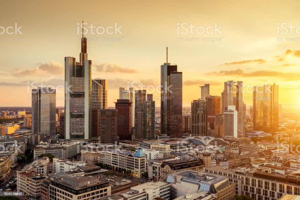 skyline von frankfurt am main stock fotografie und mehr bilder von architektur istock. Black Bedroom Furniture Sets. Home Design Ideas