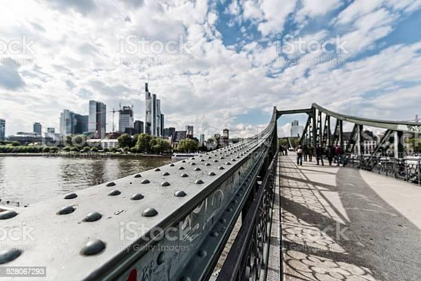 Frankfurt Eiserner Steg Skyline Deutschland Stockfoto und mehr Bilder von Frankfurt am Main