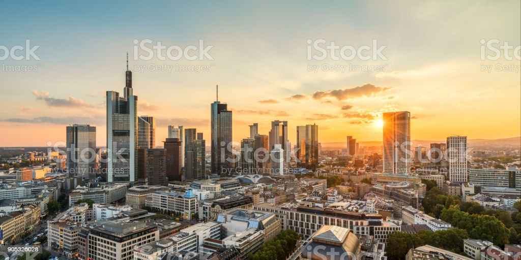 Skyline von Frankfurt Lizenzfreies stock-foto
