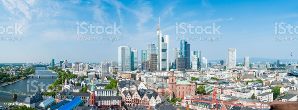 Skyline von Frankfurt (Main) – Foto