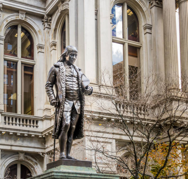 Franklin Statue at Old City Hall - Boston, USA Benjamin Franklin Statue at Old City Hall - Boston, Massachusetts, USA benjamin franklin stock pictures, royalty-free photos & images