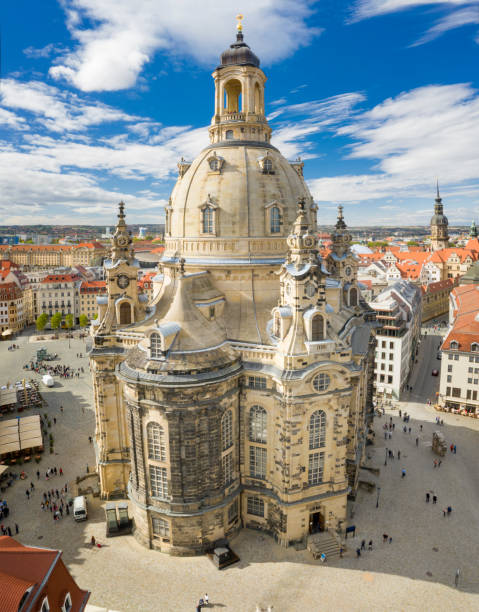 Frauenkirche, Dresden, Germany Aerial of the famous Frauenkirche, Dresden Skyline, Germany. Converted from RAW. zwanger stock pictures, royalty-free photos & images