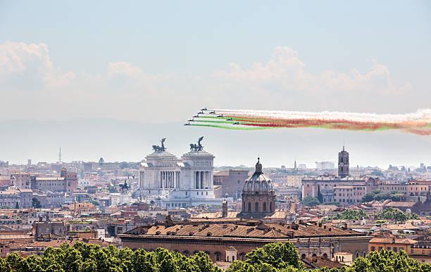 Frecce Tricolori über Rom am 2. Juni 2015 – Foto