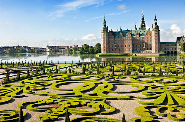 frederiksborg castle and gardens, hillerød denmark. - palats bildbanksfoton och bilder