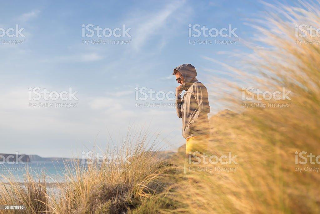 Kostenlose aktiven Mann Genießen Sie die Schönheit des Natur. Lizenzfreies stock-foto
