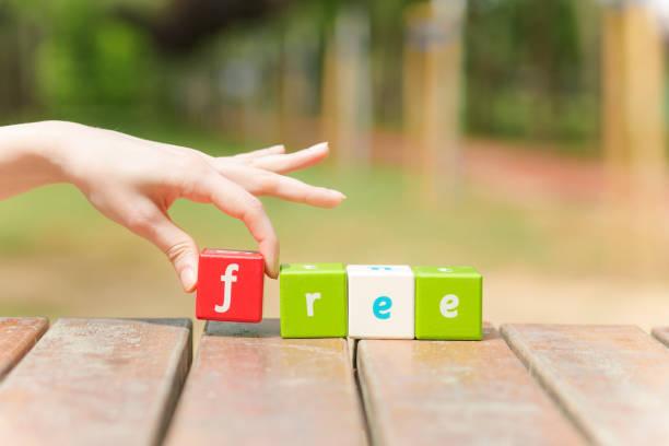 free, word and hand - kostenlose webseite stock-fotos und bilder