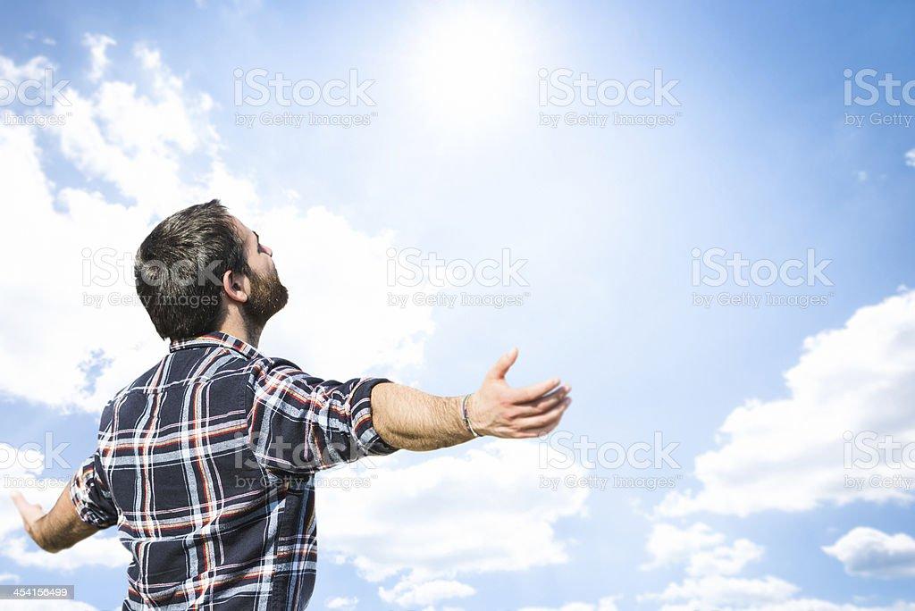 Freiheit-Mann erneut blue sky – Foto