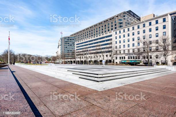 Freedom plaza in washington dc usa picture id1166530493?b=1&k=6&m=1166530493&s=612x612&h=chnp3umyor8vu6qnplxkmzzwevucaahent02q uqd9i=