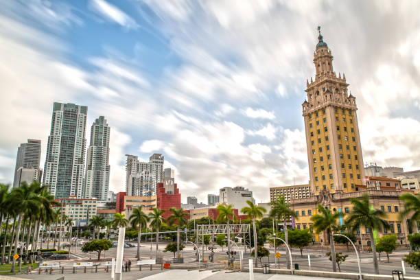 Freedom Tower and Downtown Miami – Foto