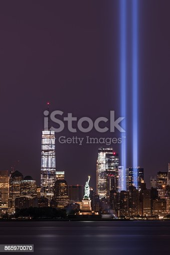 istock Freedom Tower, Statue of Liberty and Tribute in Lights 865970070