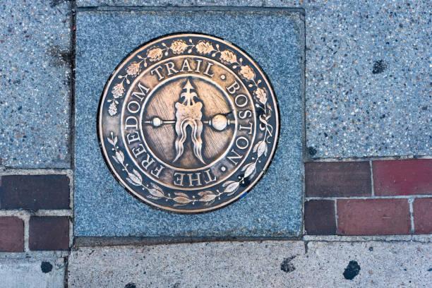 Freedom trail marker in boston picture id1025177772?b=1&k=6&m=1025177772&s=612x612&w=0&h=bjgxf6ogeoolfg xbs3ylrzcw0chzwhca2jrsuwxht0=