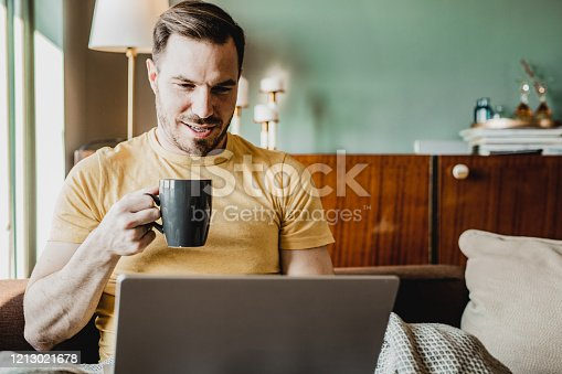 944992706 istock photo Freelance work from home 1213021678
