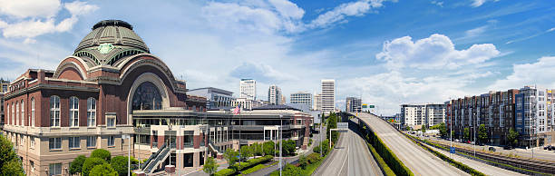 Freeways to City of Tacoma Washington Freeways to City of Tacoma Washington with Union Station Federal Courthouse with Blue Sky and Clouds Panorama pierce county washington state stock pictures, royalty-free photos & images