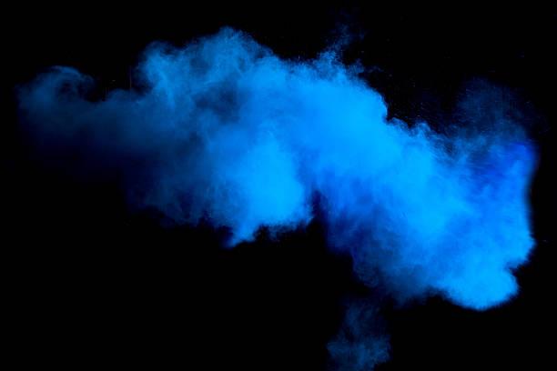 Einfrieren Bewegung von Blau Staub Explosion – Foto