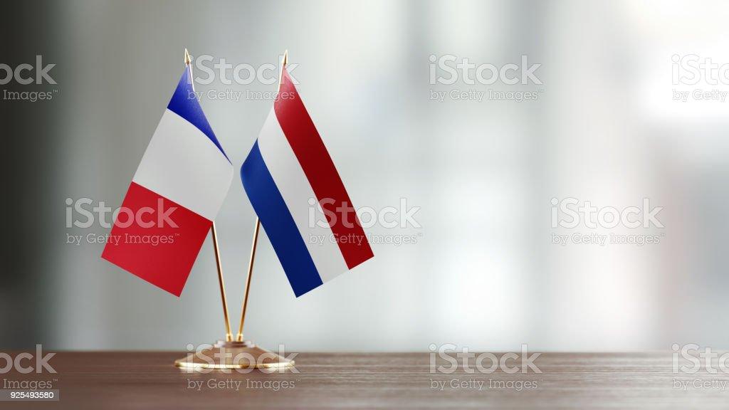 Calendrier néerlandais f to  mc amazon