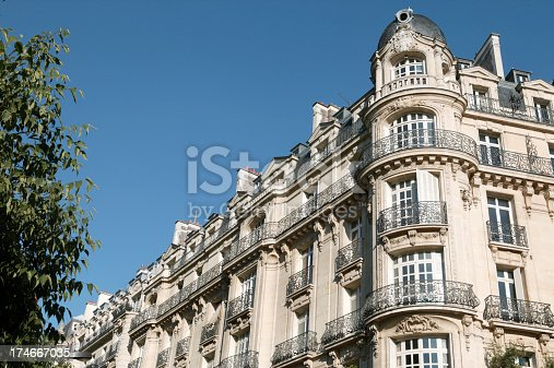 french architectur in paris
