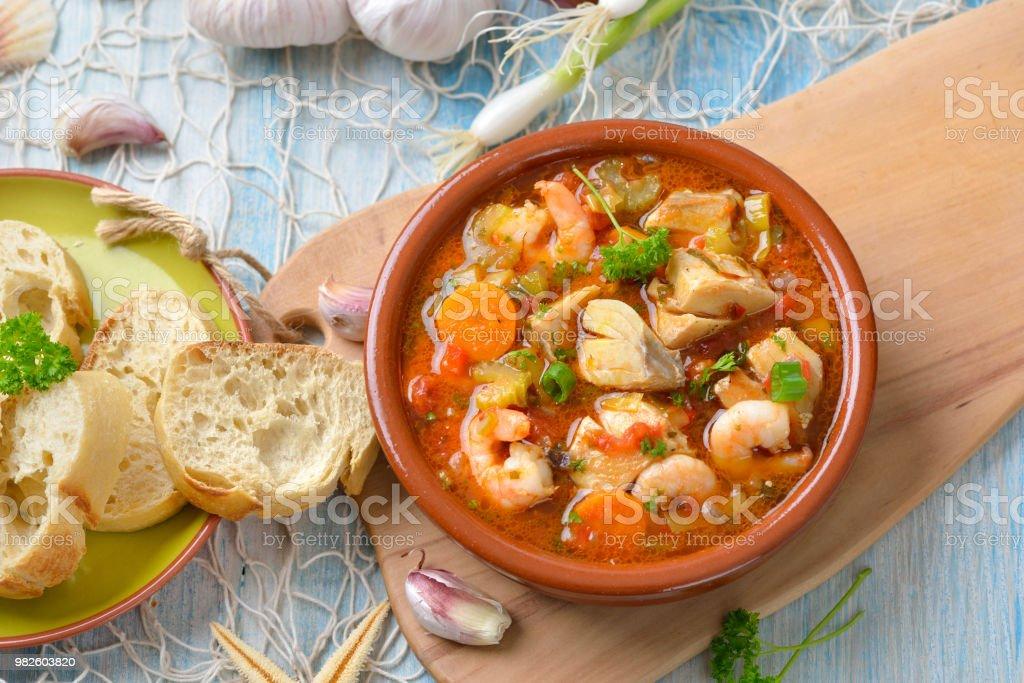 Französische Fisch Suppe – Foto