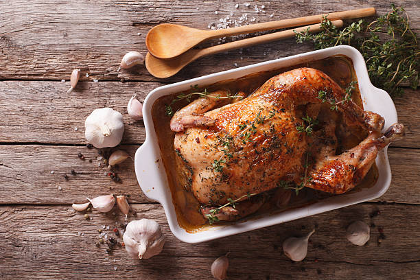 French Food: Chicken with 40 cloves of garlic - foto de stock